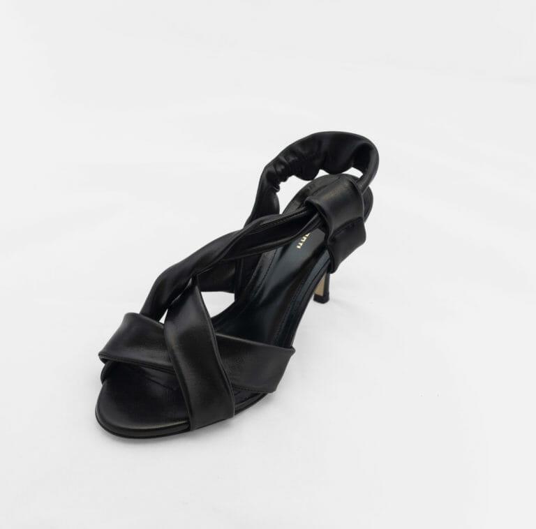 liviana conti czarne buty na obcasie 2
