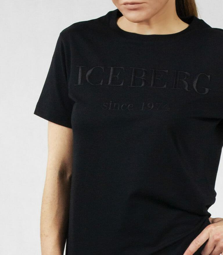 iceberg czarny t shirt z czarnym logo wyszytym 2