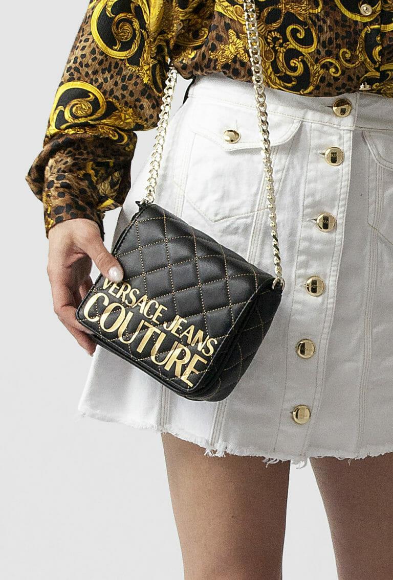 torebka versace jeans couture czarna ze zlotym logo 2