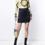 Spódnica jeansowa ze złotymi klamrami - Versace Jeans Couture