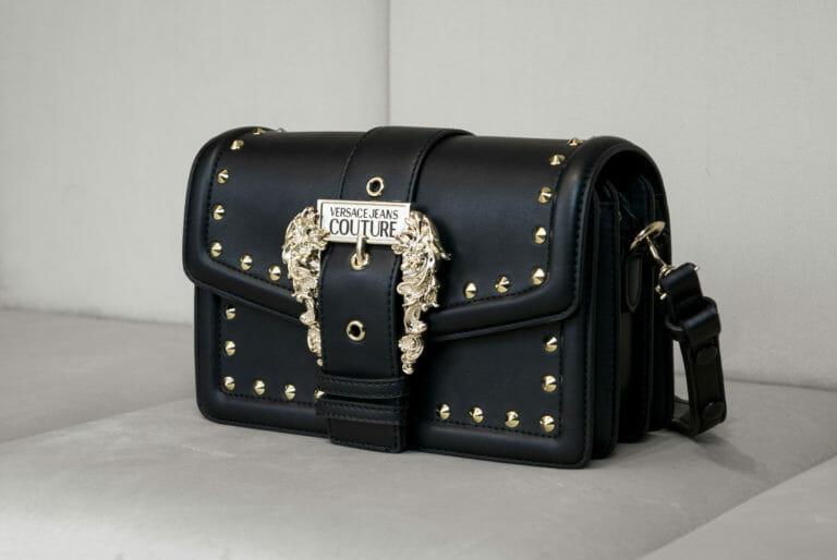 czarno zlota torebka versace jeans couture 3