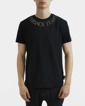 meski czarny t shirt versace jeans couture z logo na kolnierzu 3