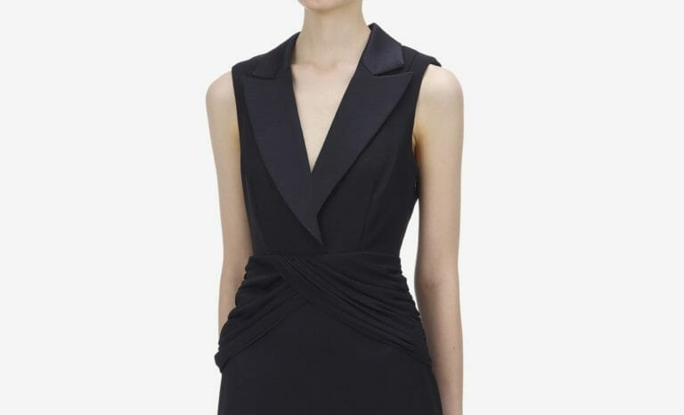 Sukienka czarna z głębokim dekoltem Self Portrait3