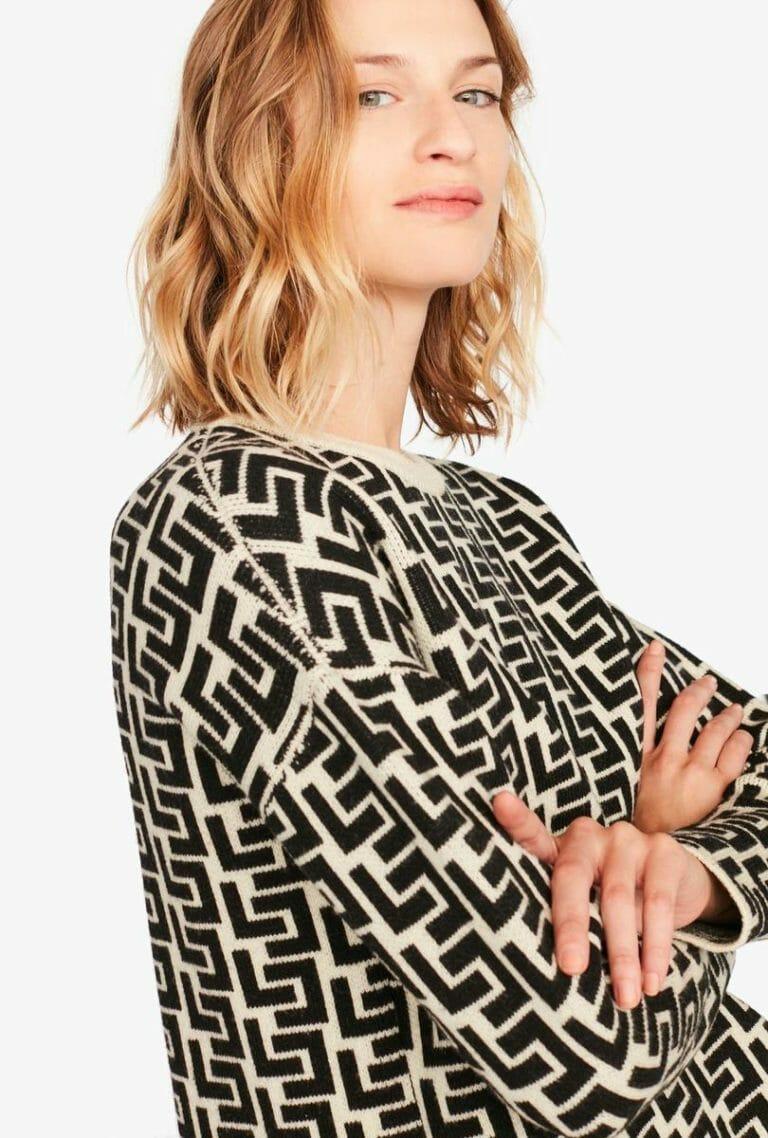 Sweter z nadrukiem z logo Liviana Conti 2