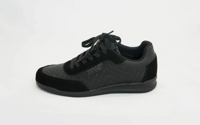 czarne sneakersy versace jeans couture meskie