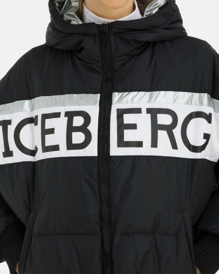 iceberg caratterizzato da una fascia bianca con profilo argento e logo iceberg sul petto interno argentato 4