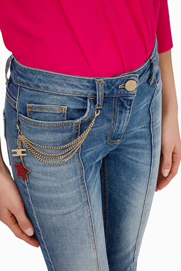 Jeansy slim z łańcuszkiem Elisabetta Franchi2