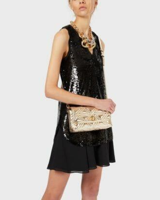 czarna cekinowa sukienka bez rekawow 2