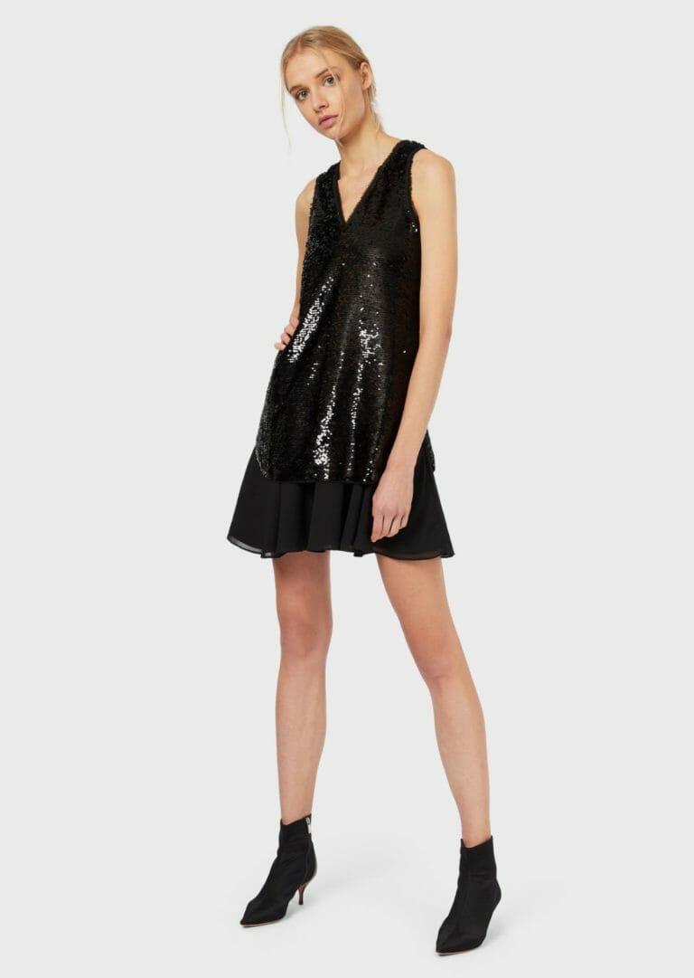 czarna cekinowa sukienka bez rekawow 7