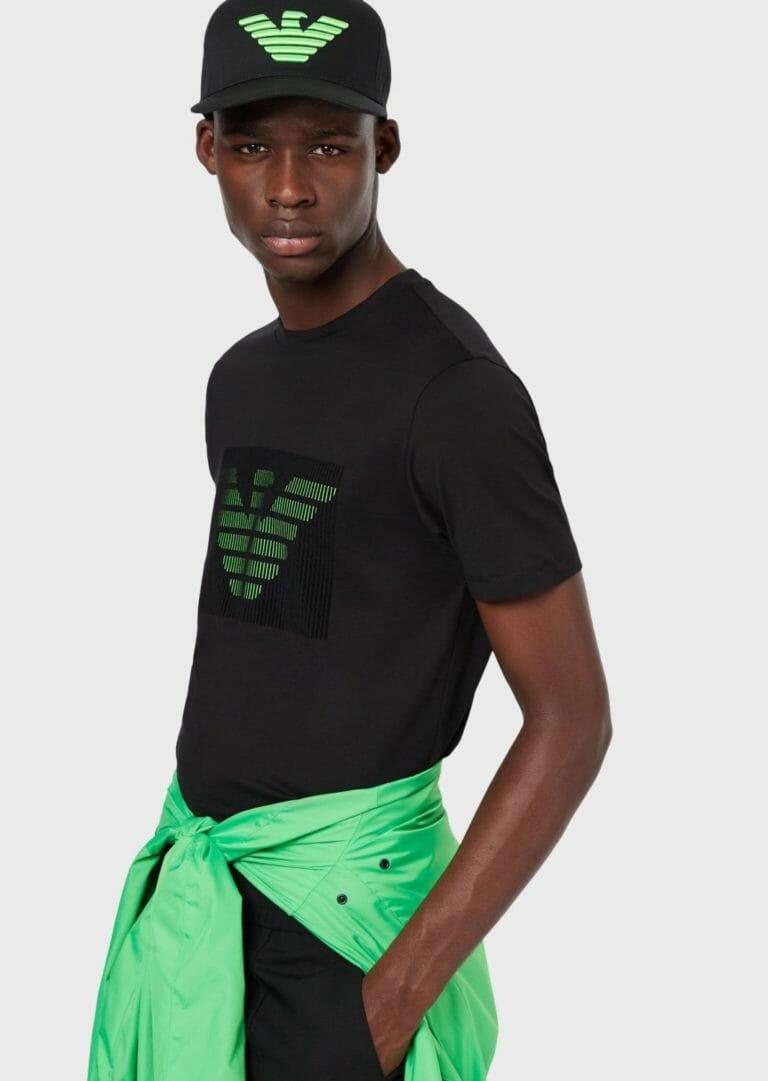 czarna czapka z zielonym logo emporio armani 1