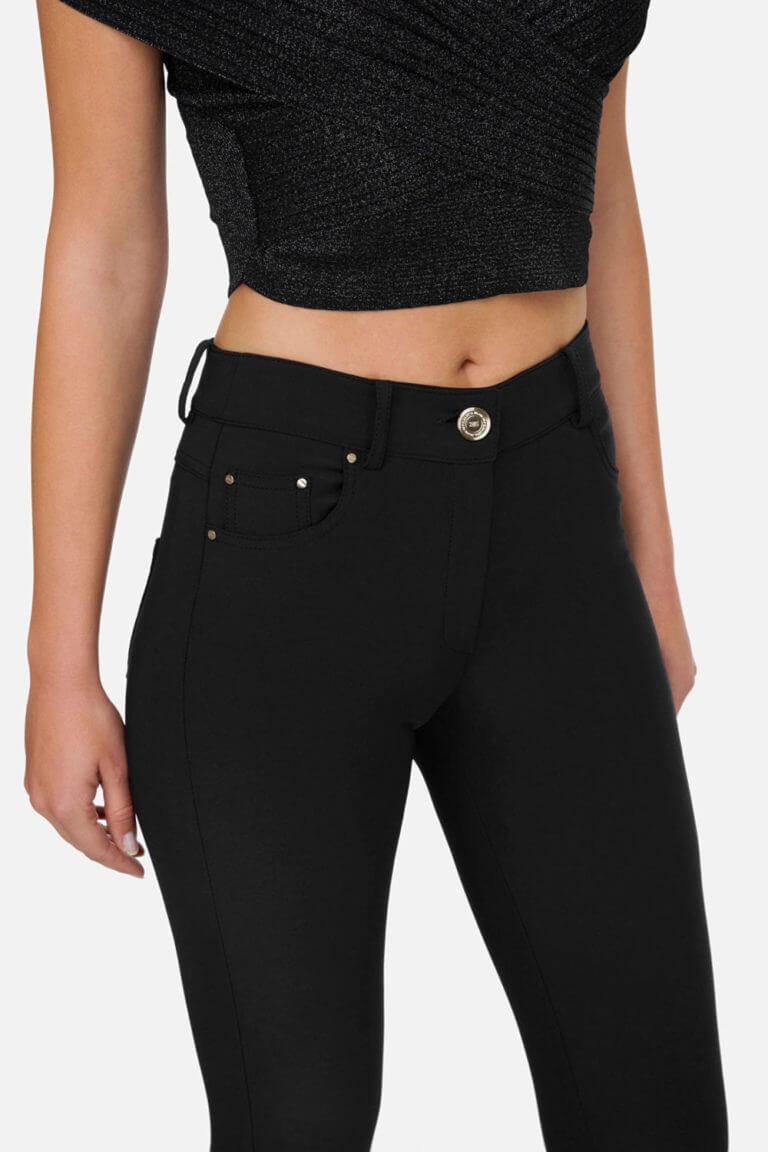 czarne spodnie elisabetta franchi lato2020 2