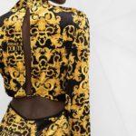 Welurowa sukienka mini czarno-złota - Versace Jeans Couture